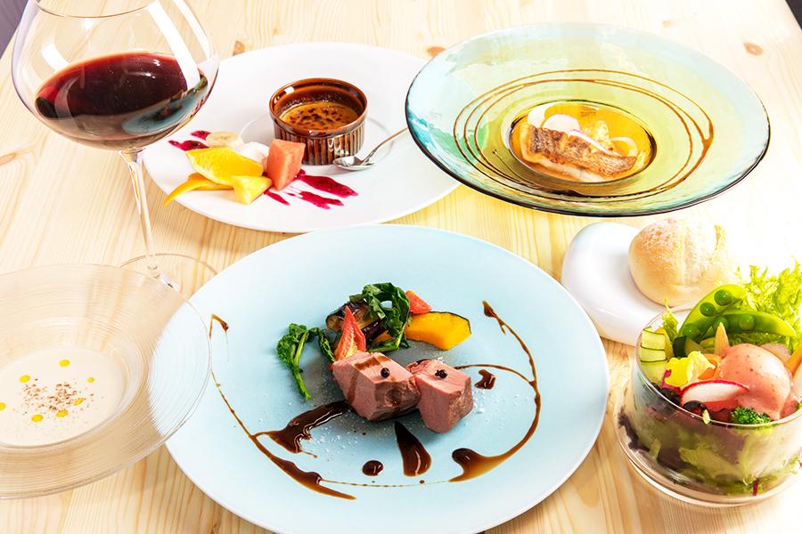 ディナーコース料理のイメージ写真